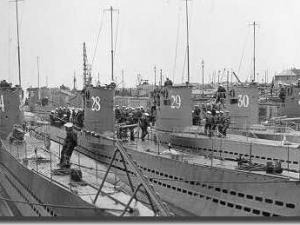 u-34inforegroundwithsister.jpg
